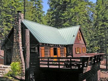Ridgewood cabin rental - Classic Tahoe log cabin with all the comforts of home