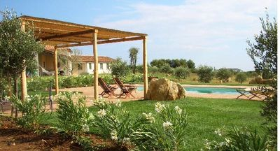 Capalbio. Luxury country villa for 13 Surrounded by olive trees & sea views
