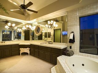 Scottsdale estate photo - Spa-Like Master Bathroom