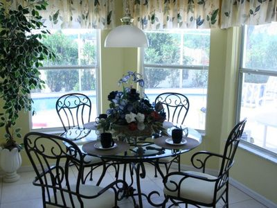 Westridge villa rental - Bright Kitchenette Overlooking Deck