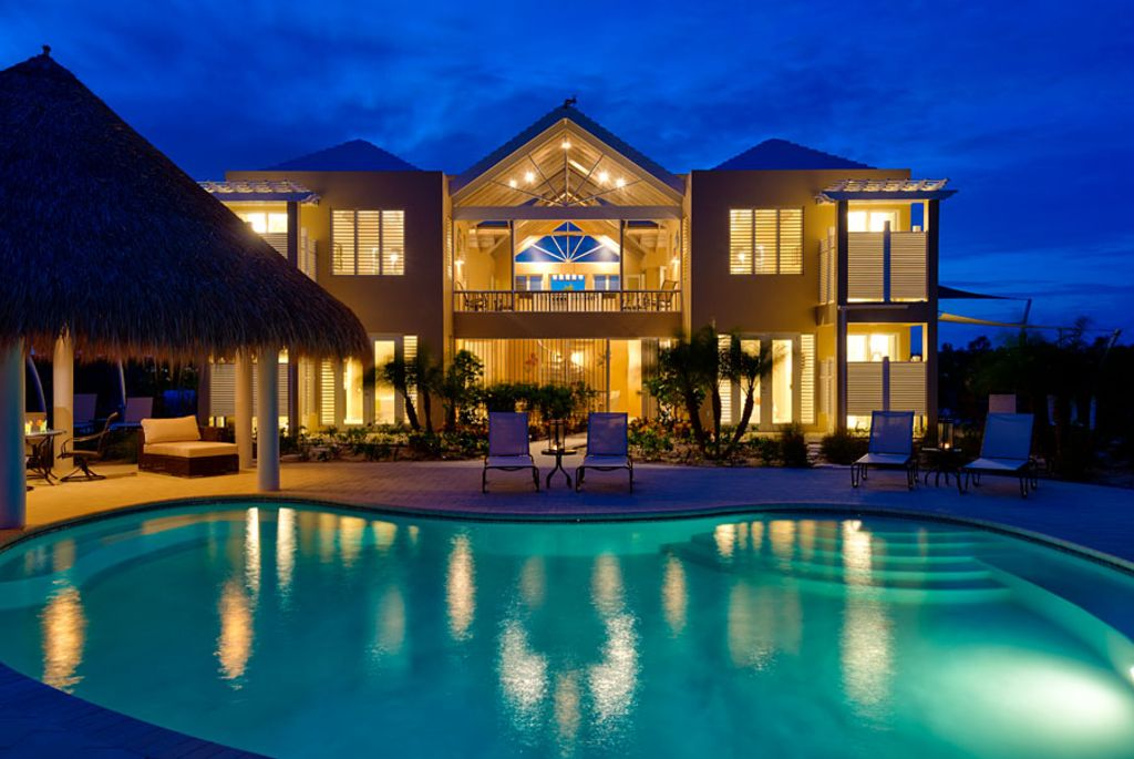 Windhaven Casual Caribbean Elegance Right Vrbo