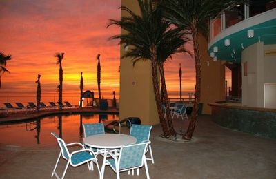 BEAUTIFUL SUNSETS BY ONE OF 5 DIFFERENT POOL AREAS!