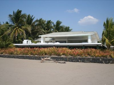 Panoramic view of the house from the beach