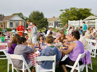 Edgartown hotel photo - In July and August, our weekly clambakes are not-to-be-missed!