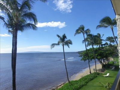 pic taken from our lanai - looking to the right towards Maalaea Harbor