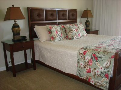Private Master Suite, Access to the Ocean View Lanai