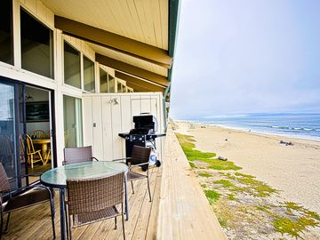 La Selva Beach townhome rental - Patio with Ocean View and Gas BBQ