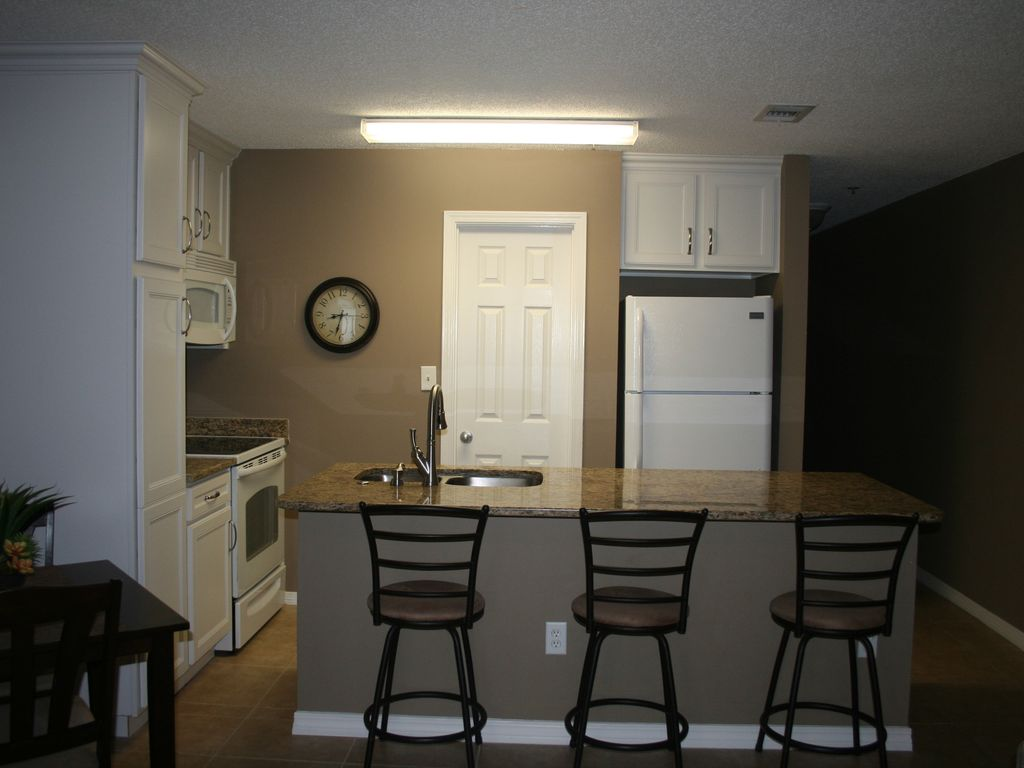 New updated Kitchen with Pantry and walk through island