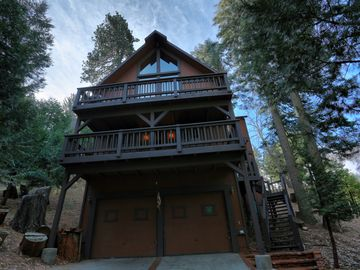 Lake Arrowhead house rental - Welcome to this beautiful paradise in the woods!