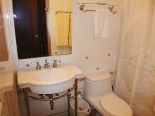 Isla Verde condo photo - Full bathroom