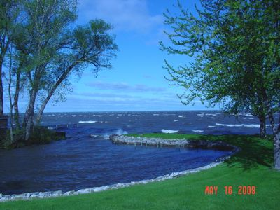 Private wading cove & beautiful Lake Winnebago