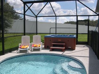 pool and hot tub area - Sunset Ridge villa vacation rental photo