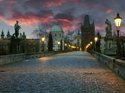 Prague 2 - Vinohrady apartment rental - The amazing Charles Bridge in the evening