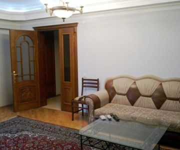 Spacious, Comfortable, Clean Flat in Baku Sleeps 3 People