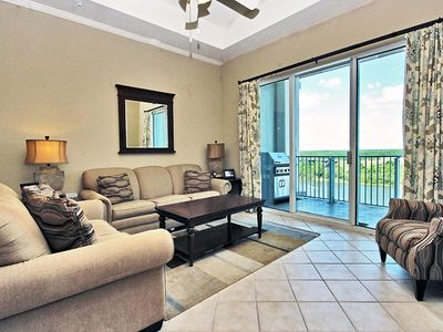 Wharf 909 - 2BR/2BA  Sleeps 6. King with 2 Twins, Queen SS. Grill on balcony. Fitness Center. The Oasis - Wave Pool, Lazy River and Palm tree hammocks