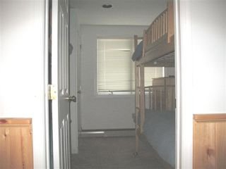 Burke townhome photo - Lower level bunk room