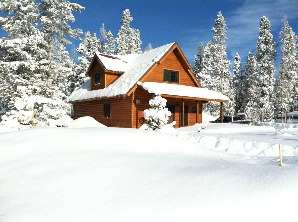 Snowy Range Mountain Home - WIFI -