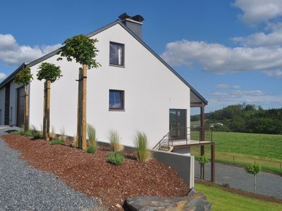 Newly built house with a unique view of the valley is ideal for families