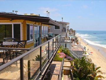 Laguna Beach villa rental - Stunning ocean views from the common use Piazza Deck.