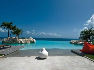 Stunning Infinity Pool and Incredible View
