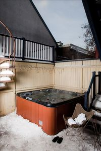 4 seasons Hot Tub