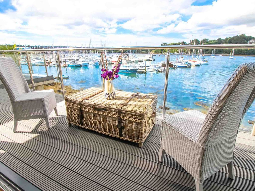 Amazing property with panoramic views across the Penryn River and Falmouth Marina