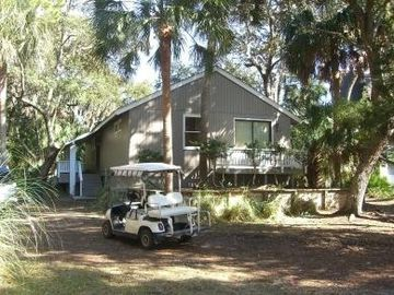 Fripp Island cottage rental - FRONT OF HOUSE ON DOUBLE LOT