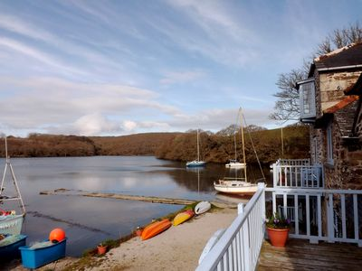 Helford house rental - Afternoon in March on The Helford at Bishops Quay