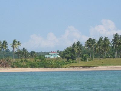 side view,secluded beach,balcony is the front facing private beach