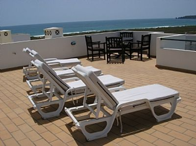 Apartment With Pool, Private Rooftop Terrace Sea Views And Free WiFi