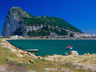 Gibraltar - Only 30 minutes away