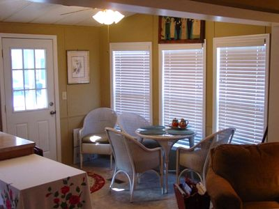 Wicker Furniture North Carolina on Highlands  North Carolina Vacation Rental By Owner Listing 240972