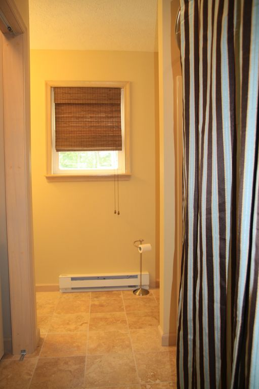 Master Bath, Full Laundry
