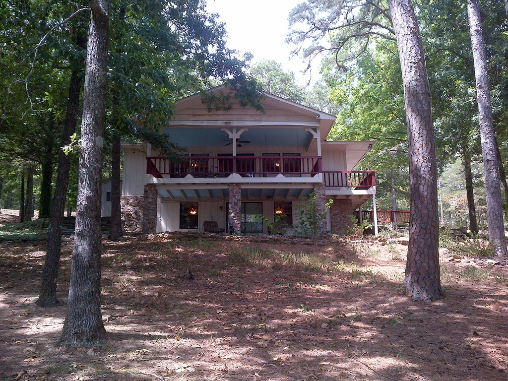 Greers ferry lake retreat vrbo Devils fork state park cabin rentals