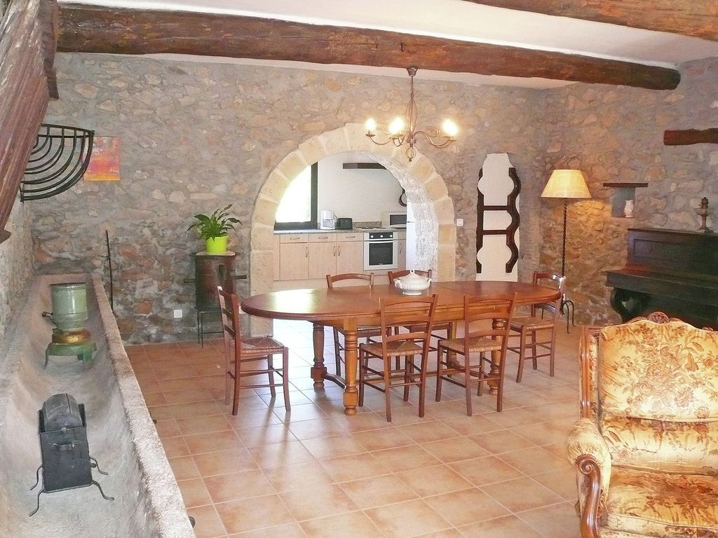Accommodation near the beach, 160 square meters, , Montbrun-des-corbicres, Languedoc-Roussillon