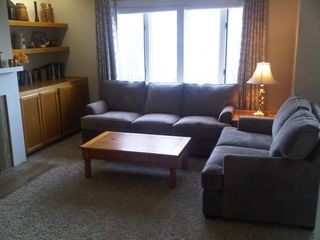 Warren condo photo - Comfortable seating in living room