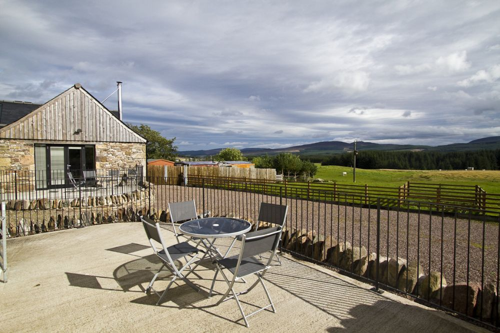 Tordarroch cottage luxurious 1 bedroom homeaway for 73 studios inverness terrace