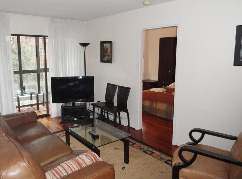 3 Bedrooms Vancouver Center 3 Bedroom Apartment In The Heart Of Vancouver