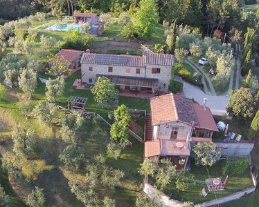 cottage in Tuscany hill in the woods,swimming pool,jacuzzi