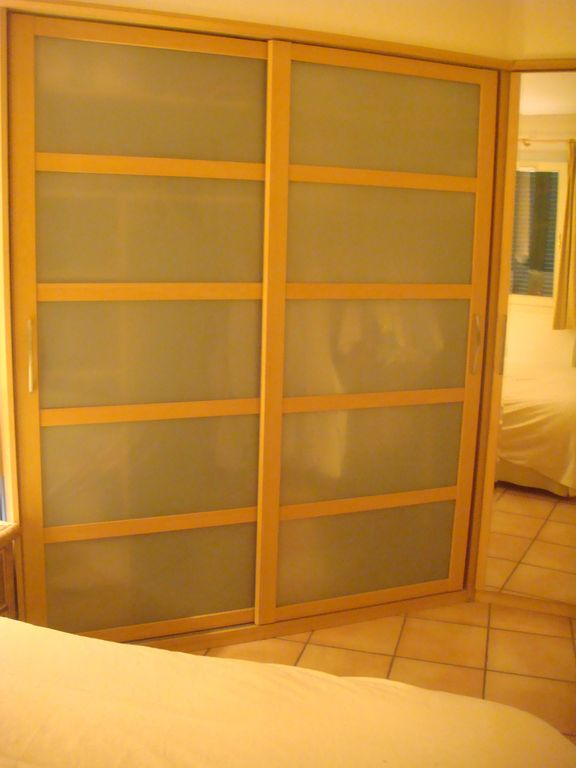 Large wardrobe & dressing mirror