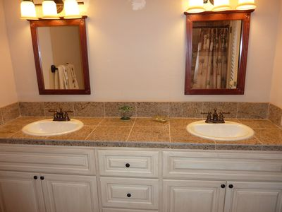 East End condo rental - Brand new bathroom!