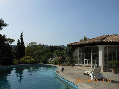 Les-Baux-De-Provence house rental - Enjoy the pool and the view.