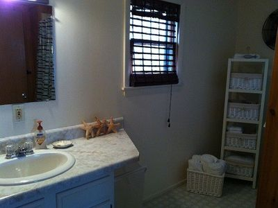 Lake Winnisquam cottage rental - Bathroom Vanity, Towel storage
