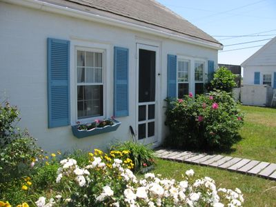 Wellfleet cottage rental - Beach Rose Cottage #2