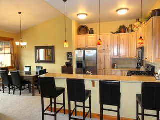 Steamboat Springs condo photo - Bar seating area