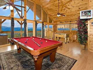 Pigeon Forge cabin photo - pool table in game room