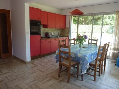 Beg Meil, Bright apartment on the ground floor, large garden, near beaches