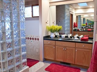 Cloverdale estate photo - Master bathroom