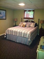 West Point lodge photo - Large Private Bedroom with Queen size Bed