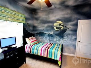 Paradise Palms townhome photo - Jack Sparrow theme twin room